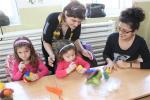 Деца и майки се включиха във Великденска работилничка с майстор Цвети Терзиева