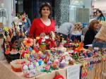 Пъстроцветни яйца, кошнички и сувенири на Цвети Терзиева в Mall Rousse