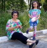 Световният ден за плетене на открито отбеляза Майстор Цвети Терзиева в Кубрат
